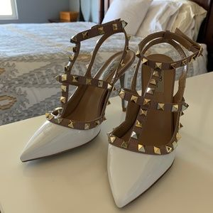 Leather Caged Pump (Size 5)